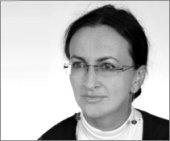 dr Katarzyna Nowomiejska