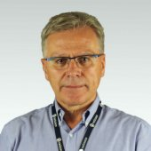 lek. med.  Janusz  Orzelski
