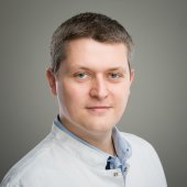 dr Piotr Wojdasiewicz