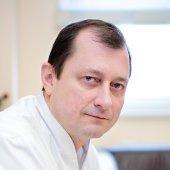 lek. med.  Andrzej  Kupisz