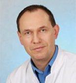Lek.  Piotr  Czerczuk