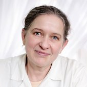 dr n. med.  Dorota  Żukowska