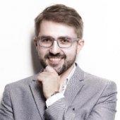 dr Maciej Koźlik